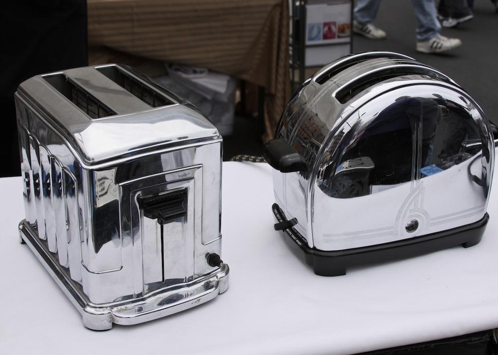 Vintage Toasters   greenOR