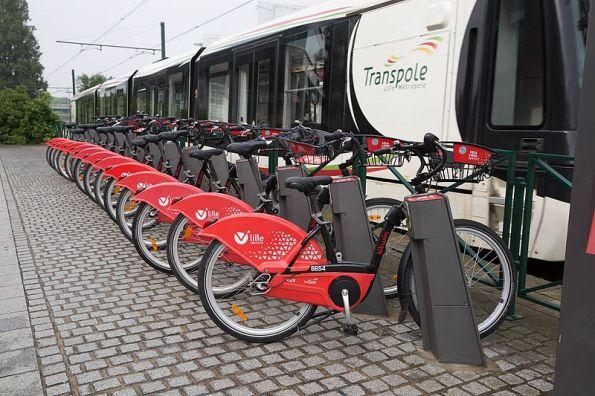Vélo_Libre_Service-_Mieträder_in_Lille_(27682839215).jpg
